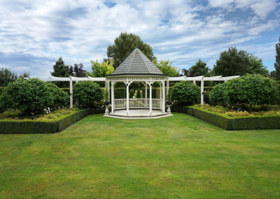 Lacebark wedding venue, garden